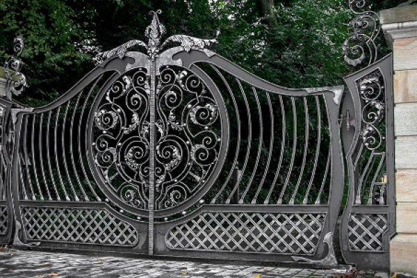 cancello0593B0CF-19D7-5AD9-996D-8A7B1DC5FDD4.jpeg